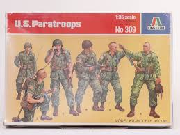 309 - US PARATROOPS italeri 1:35 1/35 model kit figures