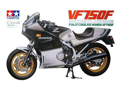 Honda VF 750 F, Tamiya 14031 (1984) model kit 1:12 1/12 motorcycle